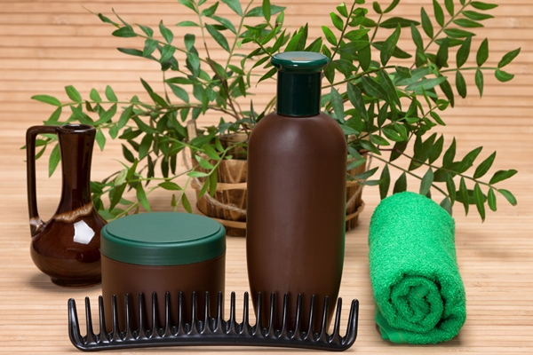 There are a lot of advantages in using natural and organic hair products.