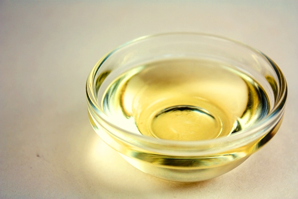 Castor Oil in a transparent bowl